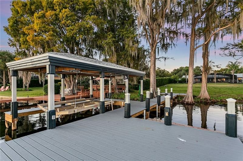 Looking In Winter Park Fl Waterfront Homes For Sale?